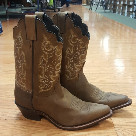 Ladies Justin western boots. Made in USA